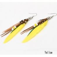 Серьги перья классика бусины желтые, пара